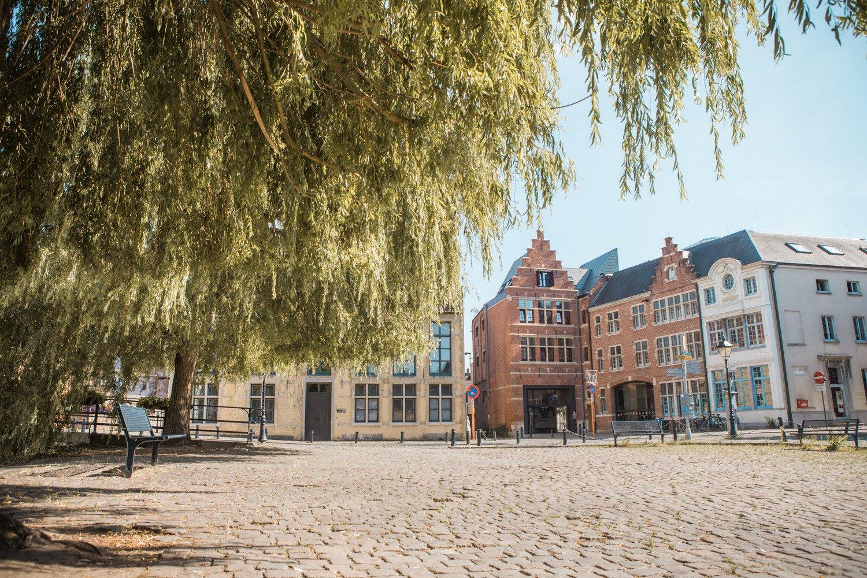 Gent-hostel-de-draecke-vlaamse-jeugdherbergen