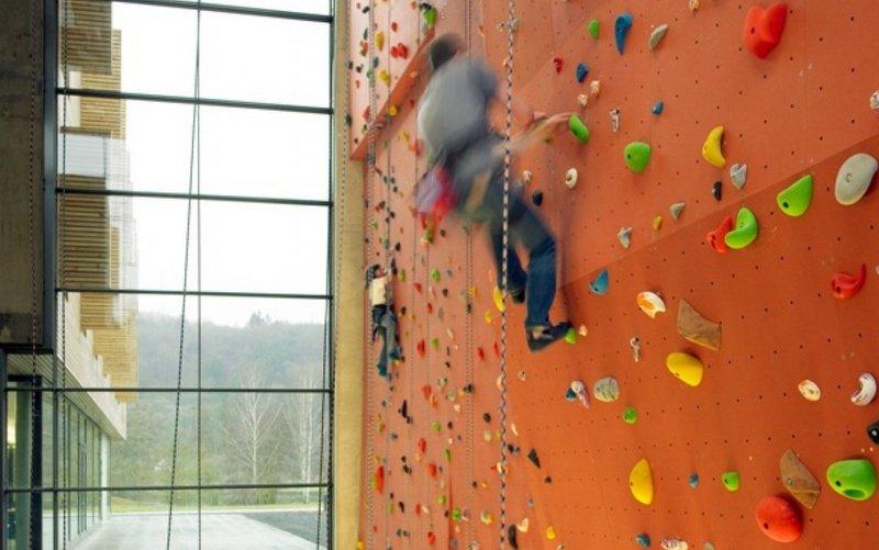 Sport hostel Echternach in Luxemburg met een eigen klimmuur