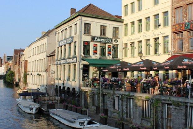 tour langs de biercafés van Gent