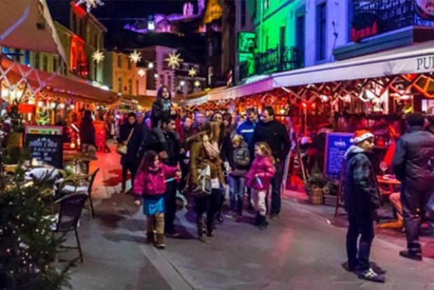Winter arrangement met bezoek aan de kerstmarkt van Valkenburg